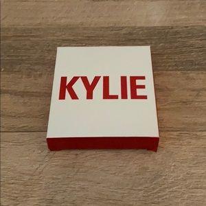NWT Kylie Smooch Eyeshadow VDay Limited Edition